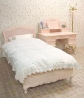 プリマベーラ ダブルベッド 薔薇の彫刻 パステルピンク色