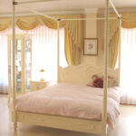 ラ・シェル 天蓋付きベッド セミダブルサイズ ホワイト色のサムネイル