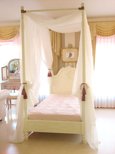 ラ・シェル 天蓋付きベッド シングルサイズ ホワイト色