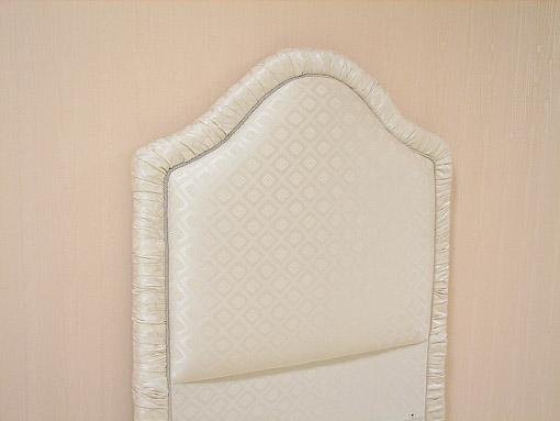 ファブリックベッド シングルサイズ ホワイトダイヤ柄