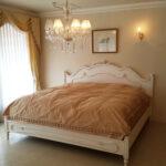 ラ・シェル キングサイズベッド フレンチスタイル シェルの彫刻 マダム・ココ色のサムネイル