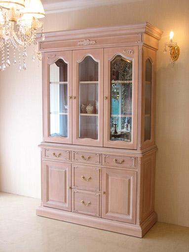 キャビネット 3枚扉 薔薇の彫刻 ピンクベージュ色