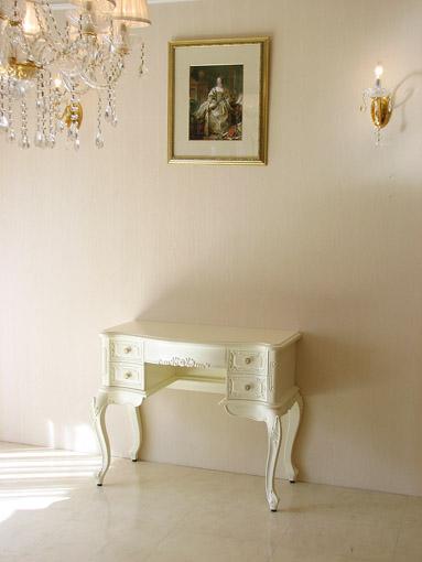 ビバリーヒルズ デスク リボンの彫刻 ホワイト色