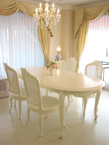 ラ・シェル ダイニングテーブル 200 リボンの彫刻 ホワイト色