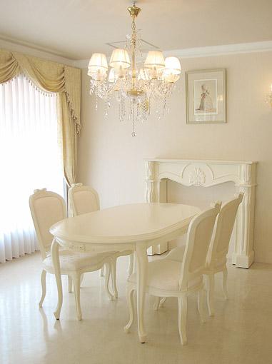 ダイニングテーブル 160 オードリーリボンの彫刻 脚部彫刻なし ホワイト色