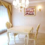 ビバリーヒルズ ダイニングテーブル W100×D100cm マーブルクリーム色のサムネイル