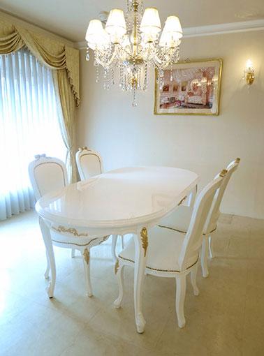 ラ・シェル ダイニングテーブル180オードリーリボンの彫刻 スーパーホワイトグロス色 ゴールドの彩色