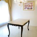 ビバリーヒルズ ダイニングテーブル W130×D80 クリームベージュの大理石天板 ブラウン色のサムネイル