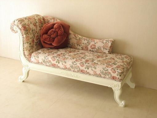 バラの令嬢ソファ ホワイトの猫脚 薔薇柄
