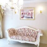 両肘ソファ W190cm ローズフラワーブーケの彫刻 幕板部分彫刻なし ホワイト色 薔薇柄の張地のサムネイル