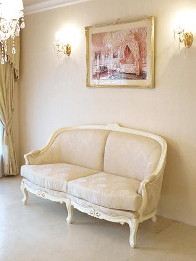 ソファ ベルサイユ 2シーター マーブルクリーム色 ゴールド花かご柄の張地
