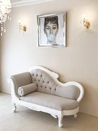 輸入 オーダー家具 カウチソファ W170cm お花模様の彫刻 フレンチアンティークホワイト ブラッシュ フレンチベージュの張り地