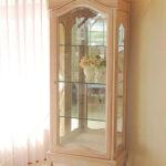 ラ・シェル ショーケース 薔薇の彫刻 ピンクベージュ色のサムネイル