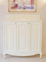 シューズボード 猫脚 リボンの彫刻 スーパーホワイト色
