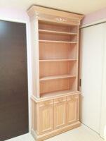 造り付け家具 ブックシェルフ シェルの彫刻 ピンクベージュ色 パターン1
