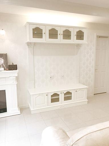 造り付け家具 TVキャビネット W170cm オードリーリボンの彫刻 ホワイト色