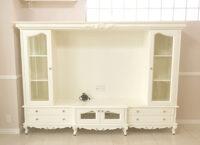 造り付け家具 TVキャビネット W240cm ビバリーヒルズの彫刻 ホワイト色