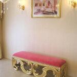 ベルサイユ スツール アンティークゴールド色 ショッキングピンクの張地のサムネイル
