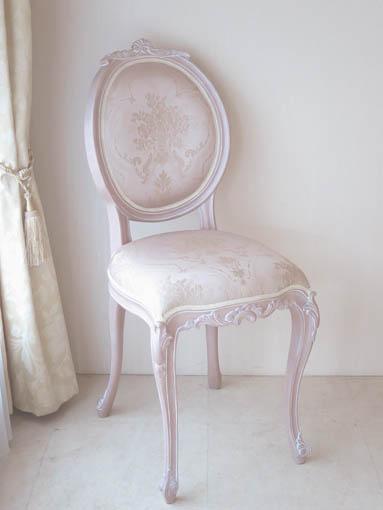 オーバルチェア 猫脚 シェルの彫刻 ピンクベージュ色 ピンク花かご柄の張地