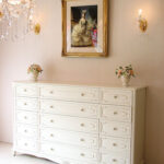 チェスト W180cm 引出し5段15杯 ホワイト色 薔薇の彫刻のサムネイル