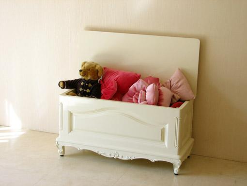 ベンチボックス シェルの彫刻 ホワイトグロス色