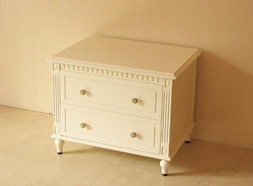 マダム・ココ ナイトテーブル W65cm ホワイト色