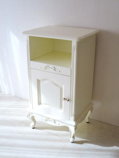 ビバリーヒルズ サイドチェスト 電話機収納スライド棚 オードリーリボンの彫刻 ホワイト色 リボンの取っ手付き