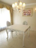 ビバリーヒルズ ダイニングテーブル W110 オードリーリボンの彫刻 ホワイト&ブラックアンティーク色