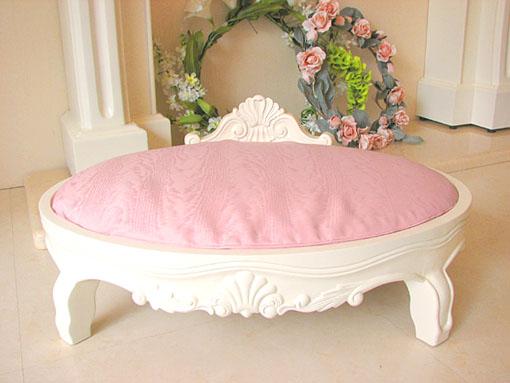 犬のベッド ピンクモアレの張り地