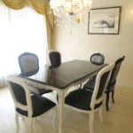 大理石家具 ビバリーヒルズ ダイニングテーブル180 ホワイト&ブラックアンティーク色 シェルの彫刻 ブラック大理石トップのサムネイル