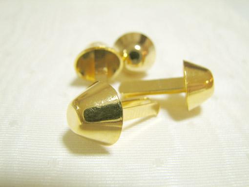 カルトナージュ 美しいゴールドの脚割れ鋲 台形