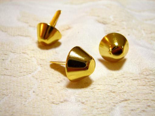 カルトナージュ 金具 台形の脚割れ鋲(中) ゴールド