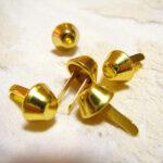カルトナージュ 金具 台形の脚割れ鋲(小) ゴールドのサムネイル