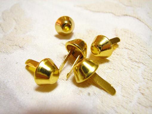 カルトナージュ 金具 台形の脚割れ鋲(小) ゴールド