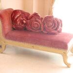 バラの令嬢ソファ ゴールドの猫脚 ポリニャックのサムネイル