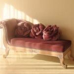 バラの令嬢ソファ ピンクベージュの猫脚 ポリニャックのサムネイル