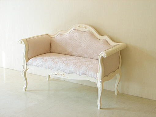 カウチソファ ホワイト色 オードリーリボンの彫刻