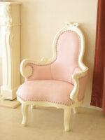 オードリー リボンの女優ソファ W70 ピンクモアレ柄の張り地