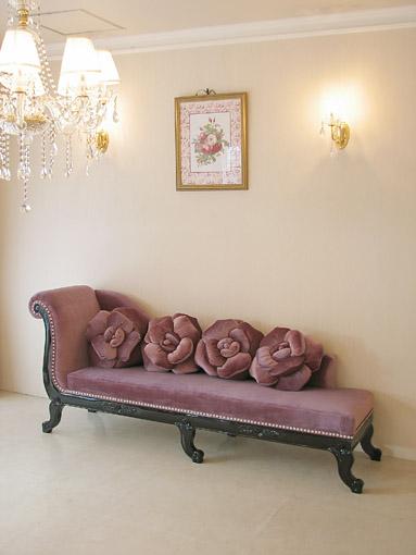 薔薇の令嬢ソファW200 ブラックグロス色 パープルベルベット