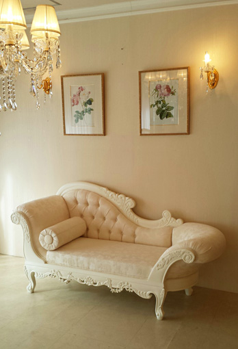 カウチソファW170 ビバリーヒルズ&薔薇の彫刻 オールドローズ柄の張り地 ホワイト色