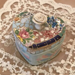ハートボックス 薔薇の彫刻のサムネイル