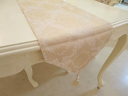 テーブルランナー シャンパンゴールド ホワイトパールタッセル 200×30
