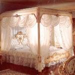 シリック 天蓋付きベッドのサムネイル