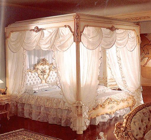 シリック 天蓋付きベッド