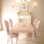 ビバリーヒルズ ダイニングテーブル 160 バービーピンク色のサムネイル