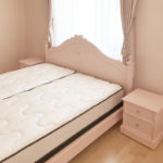レディメイ キングサイズベッド オードリーリボンとバレーシューズの彫刻 バービーピンク色のサムネイル