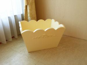 収納ボックス 薔薇の彫刻 ホワイト色