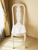 プリマベーラ クィーンアンチェア ビバリーヒルズ 薔薇の彫刻 マダム・ココ色
