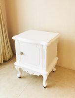 ラ・シェル サイドチェスト 1枚扉 ビバリーヒルズの彫刻 スーパーホワイト色