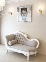 カウチソファ W150cm お花模様の彫刻 フレンチアンティークホワイト ブラッシュ色 フレンチベージュの張り地